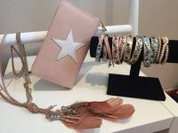 Geldbörse, Armband, Kette